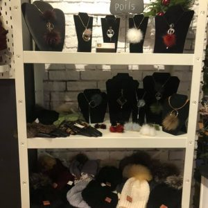 Déco, accessoires mode et vêtements